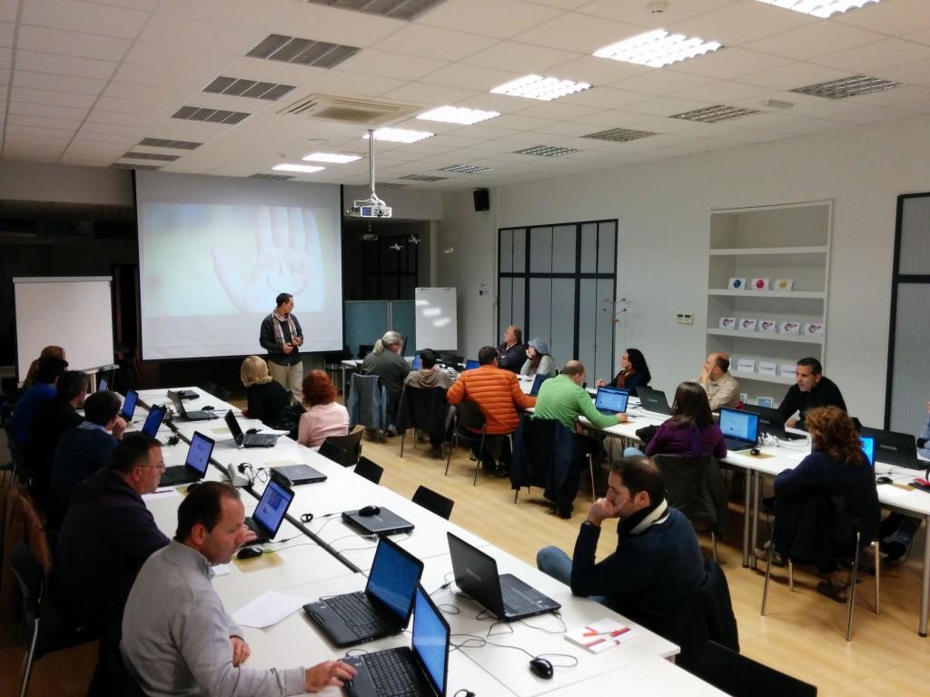 "Charla ""Las TIC como recurso de aprendizaje"""